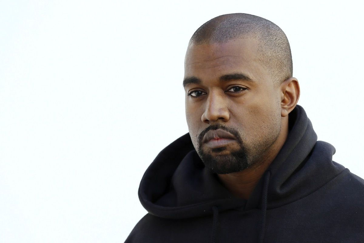 Kanye Defends Caitlyn Jenner, Applauds Rihanna, and References the movie TRON On Twitter