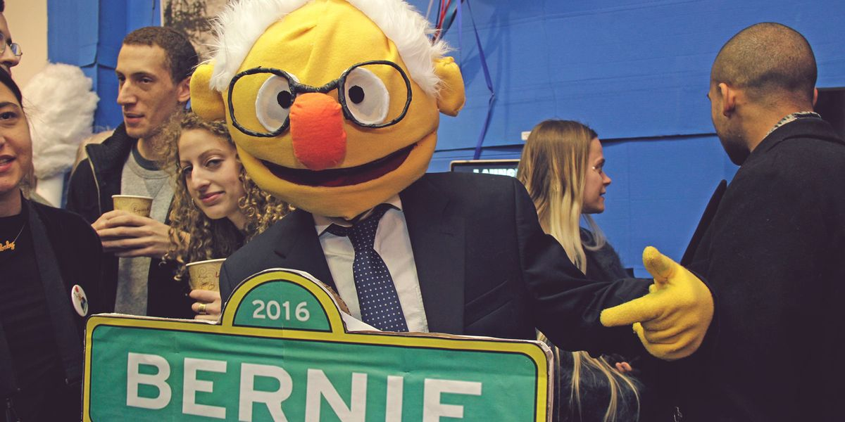 "Inside ""Weekend With Bernie"", A Bernie Sanders-Themed Art Exhibition In Brooklyn"