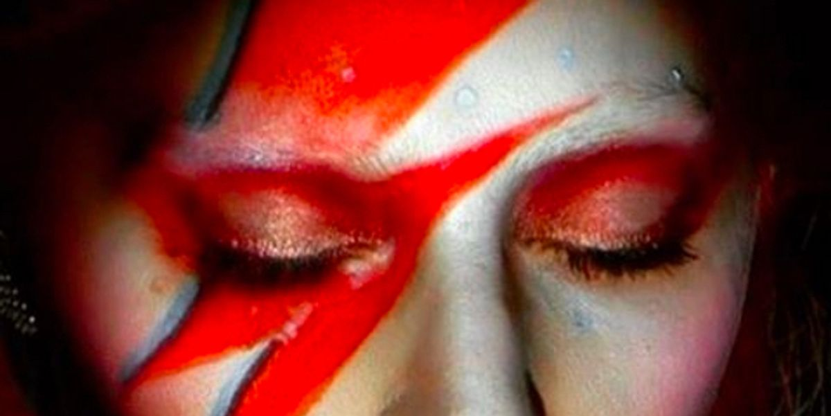 Watch Lady Gaga's Tribute to David Bowie