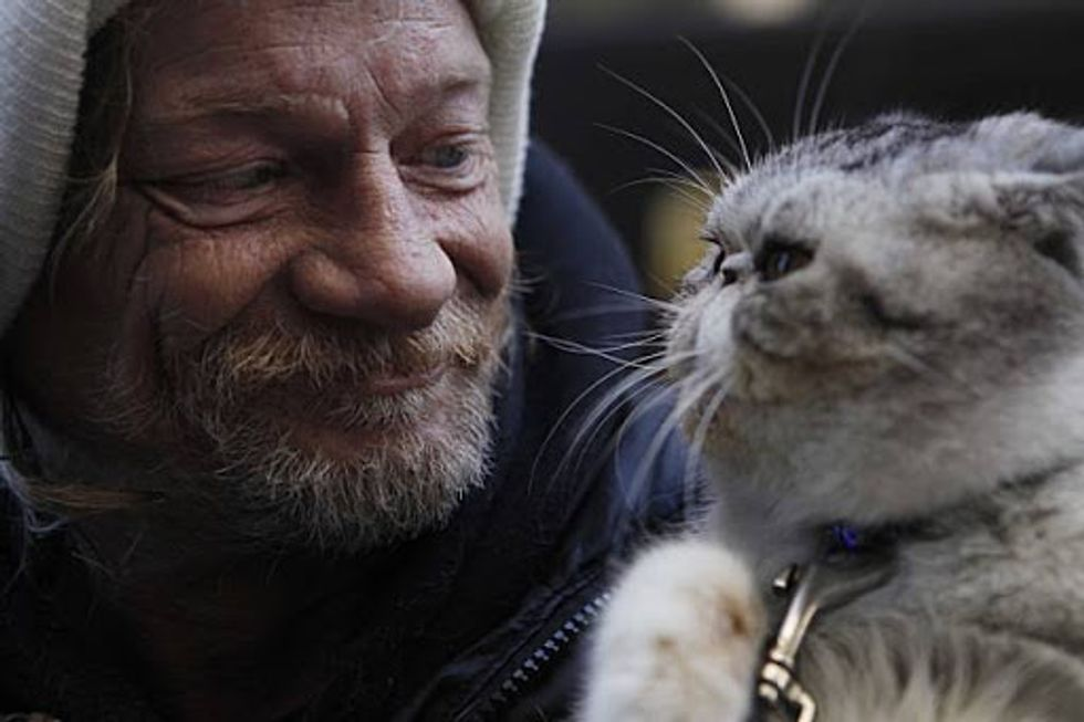 Homeless Man Reunited with Beloved Cat