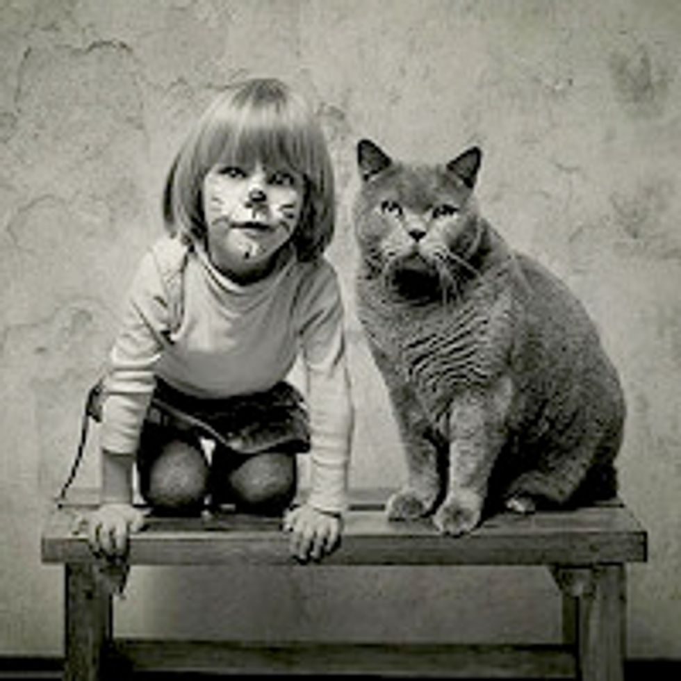Beautiful Friendship Between a Girl and Her Cat
