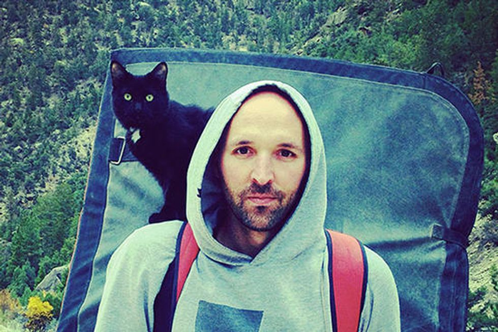Adopted Cat Becomes Man's Best Climbing Partner