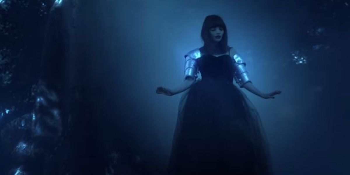 "CHVRCHES Mixes 'Drive' and 'Snow White and the Huntsman' In New Video For ""Clearest Blue"""
