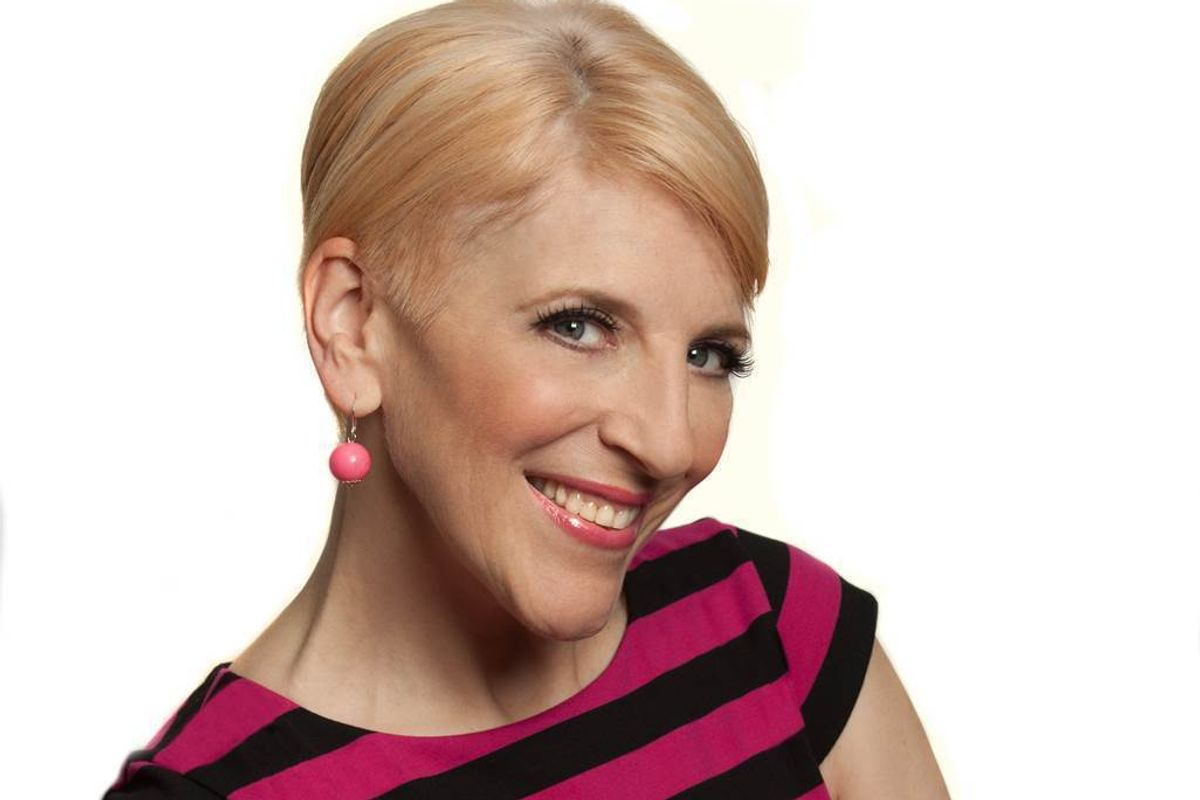 """Lisa Lampanelli On Her New Play: """"I Stopped Reading Twitter Comments"""""""