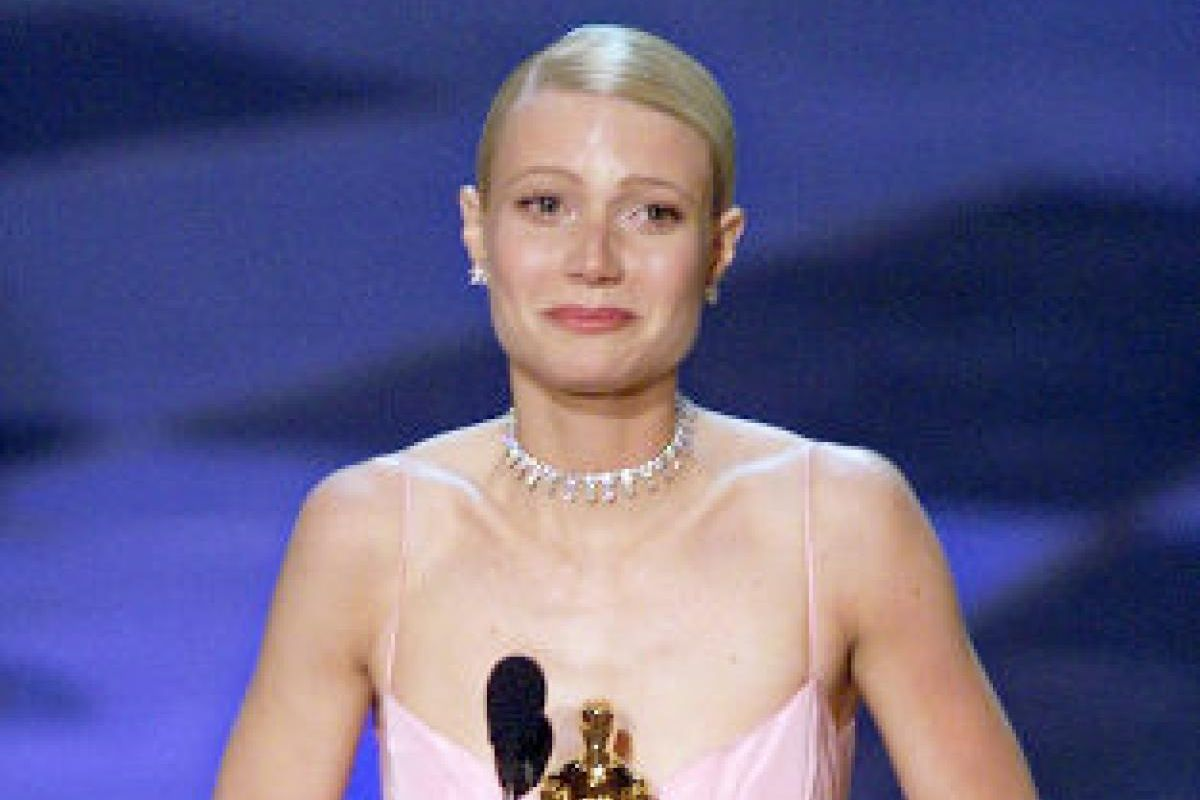 Crying Gwyneth and the Day Oscars Sincerity Died