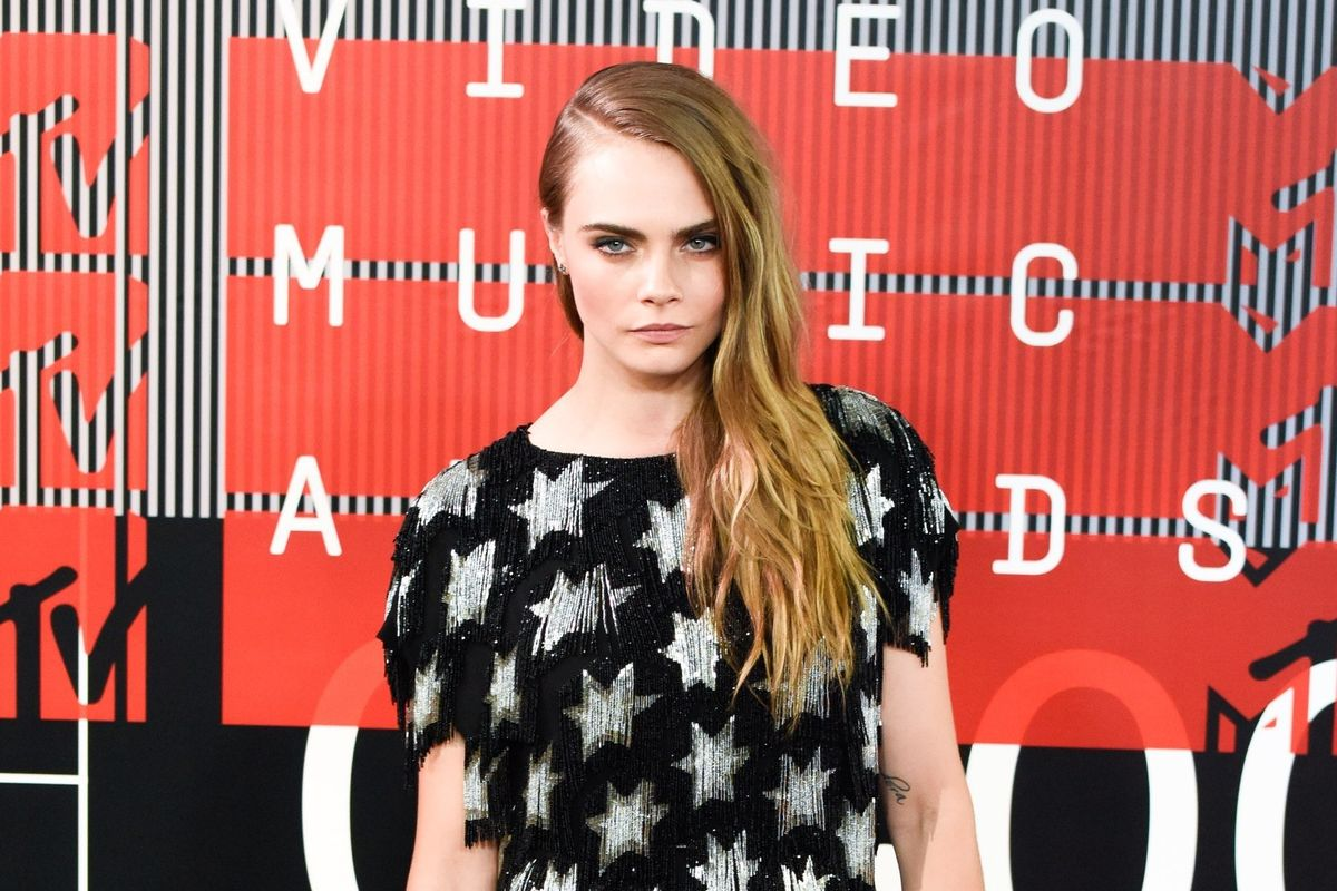 "Cara Delevingne Dislikes the ""Dislike"" Button"