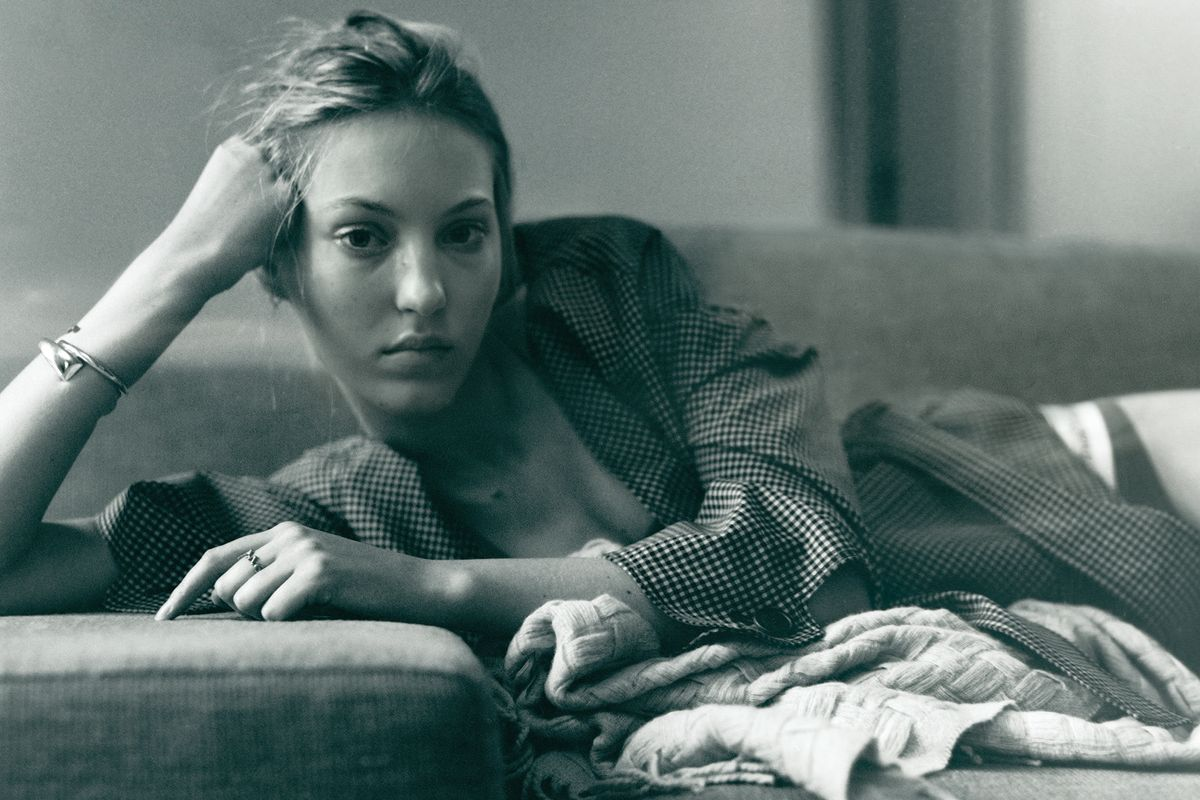 Ellavate: Spending a Quiet Afternoon at Home With Model Ella Richards