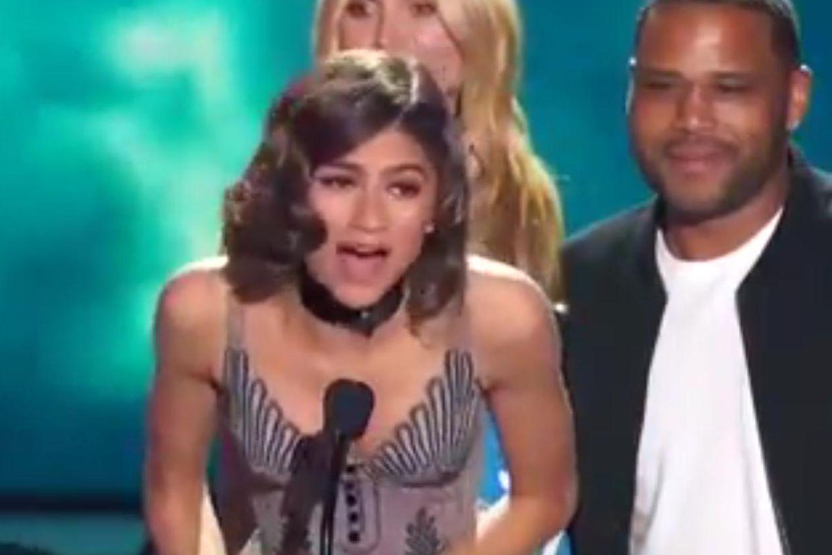 Comedian Julie Klausner Criticizes Zendaya's Thinness, Incites Twitter Frenzy