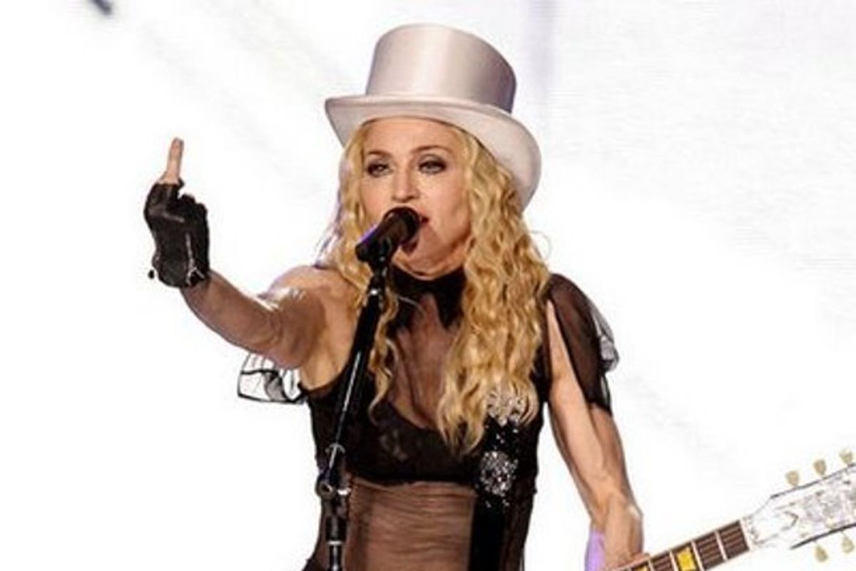 """Madonna Gets Busted For Fake """"No Parking"""" Sign In Front of Manhattan Home"""