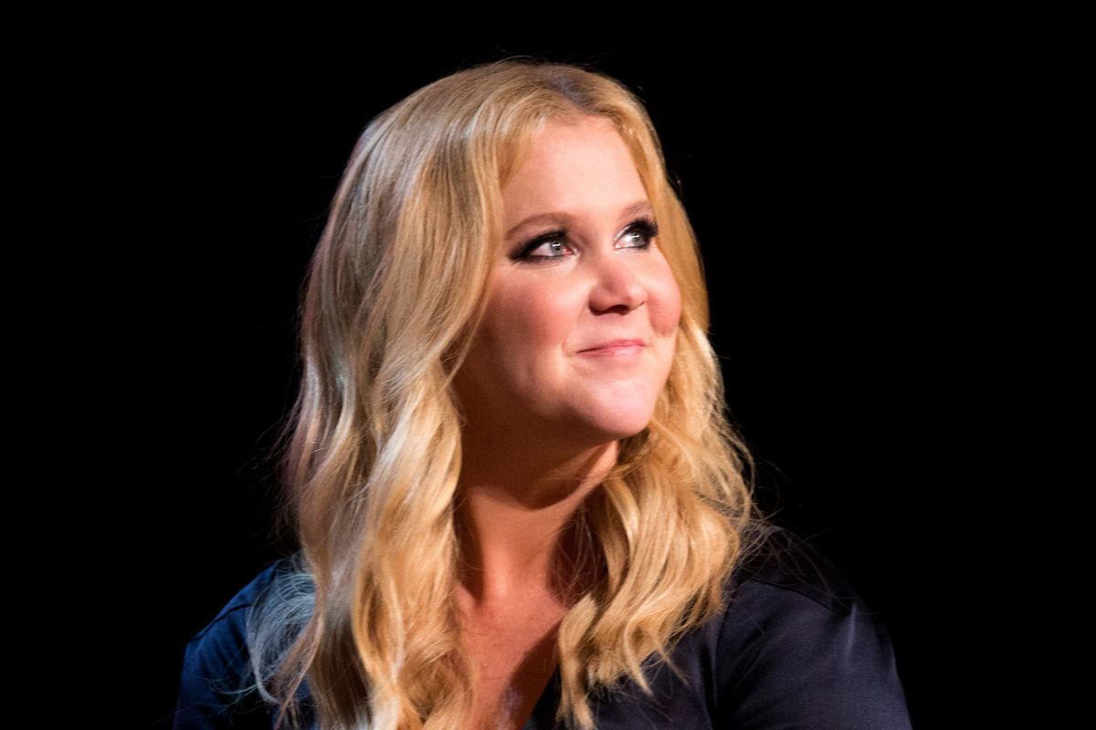 Amy Schumer Calls Out Glamour Magazine For Including Her In Their 'Plus-Sized' Special Issue