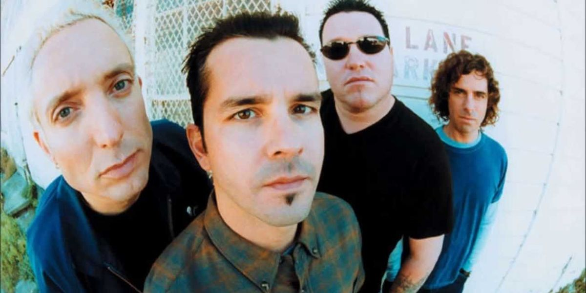 """This Very Much Off-Tempo Version of Smash Mouth's """"All Star"""" Is Driving The Internet Crazy"""