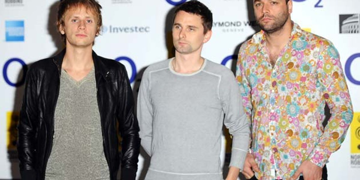 Watch Muse's Huge Ass Concert Blimp Drone Crash Into the Audience