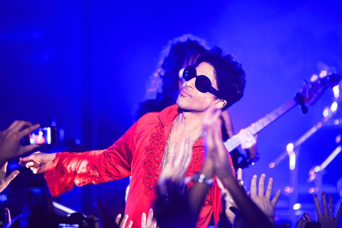 Remembering Prince, The King of Internet Shade