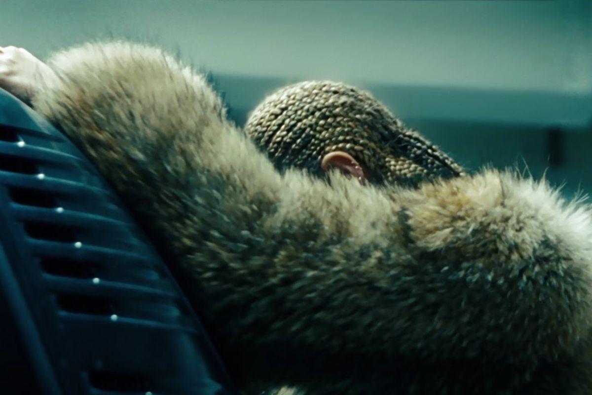 """Our Beyonce """"Lemonade"""" Liveblog"""
