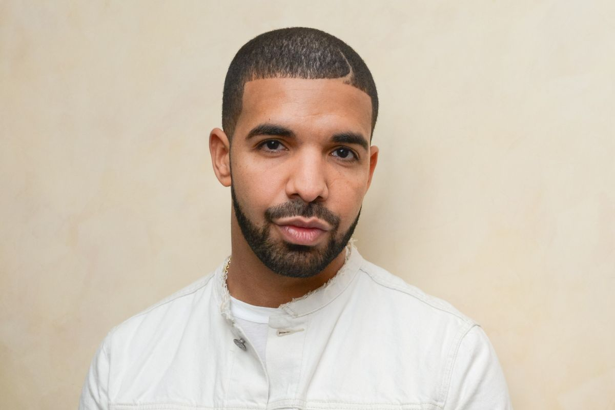 Drake Gets a Mini Meme Generator And a New Title For His Record