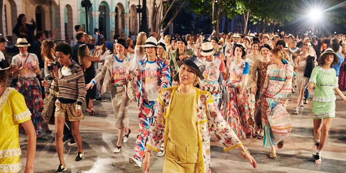 Chanel's Cuba Resort Fashion Show Was a Party in the Street