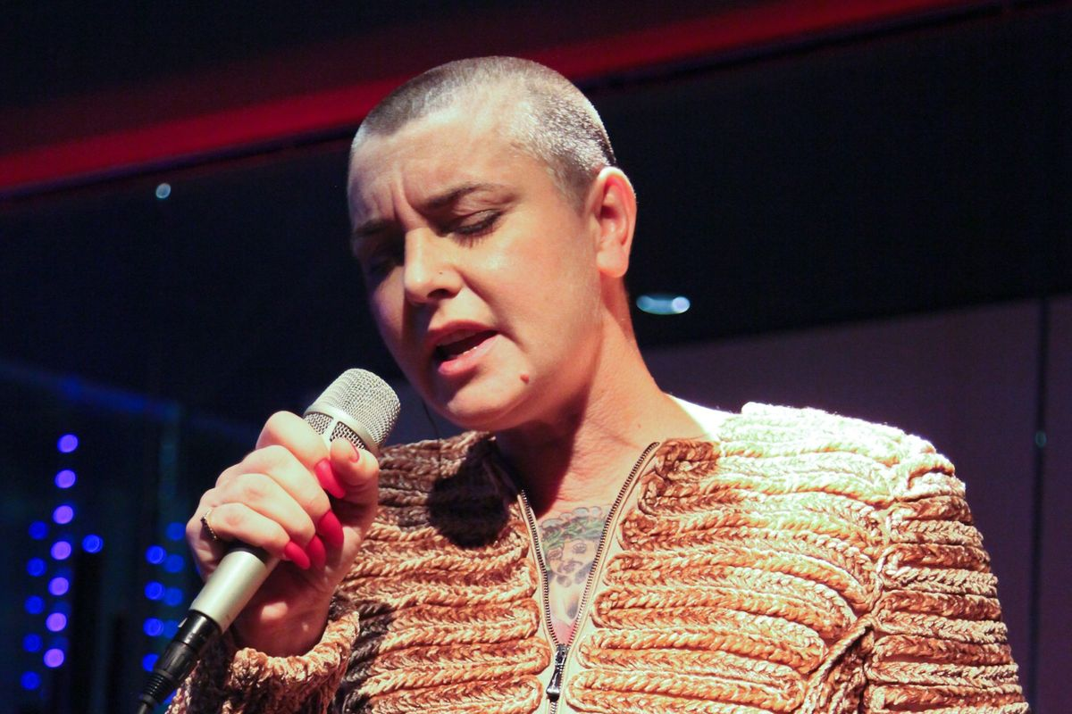 Sinéad O'Connor Laughs Off Arsenio Hall's Prince Lawsuit on Facebook