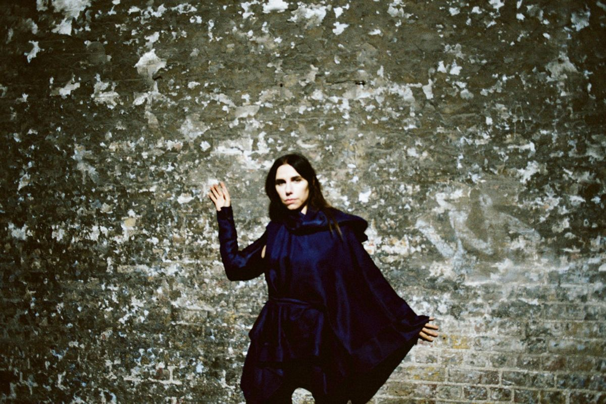 PJ Harvey's Coming to America