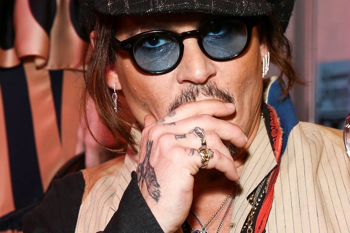 Johnny Depp Offers Another Very Strange Non-Apology Apology