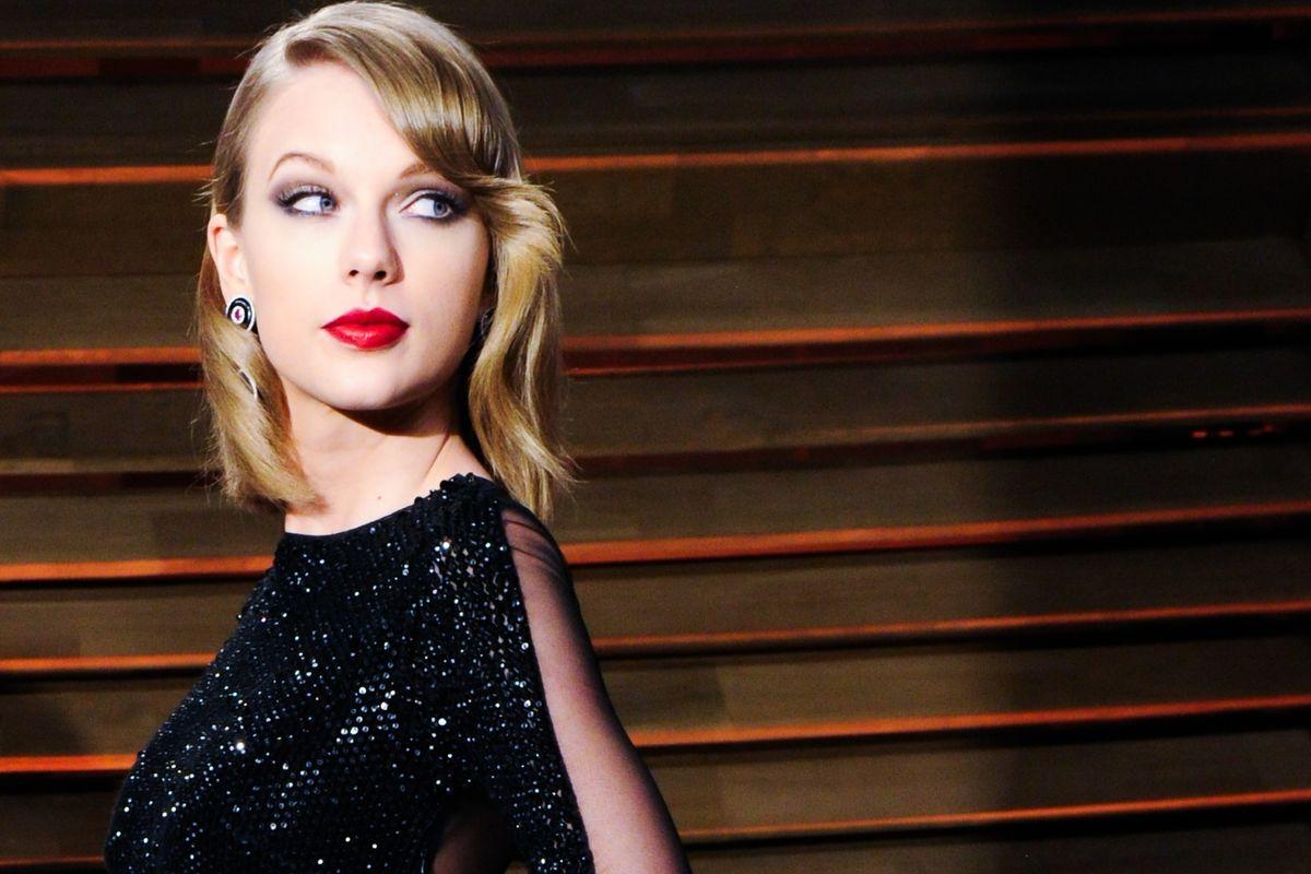 "Internet Neo-Nazis Think ""Aryan Goddess"" Taylor Swift Is Going To Start A Race War"
