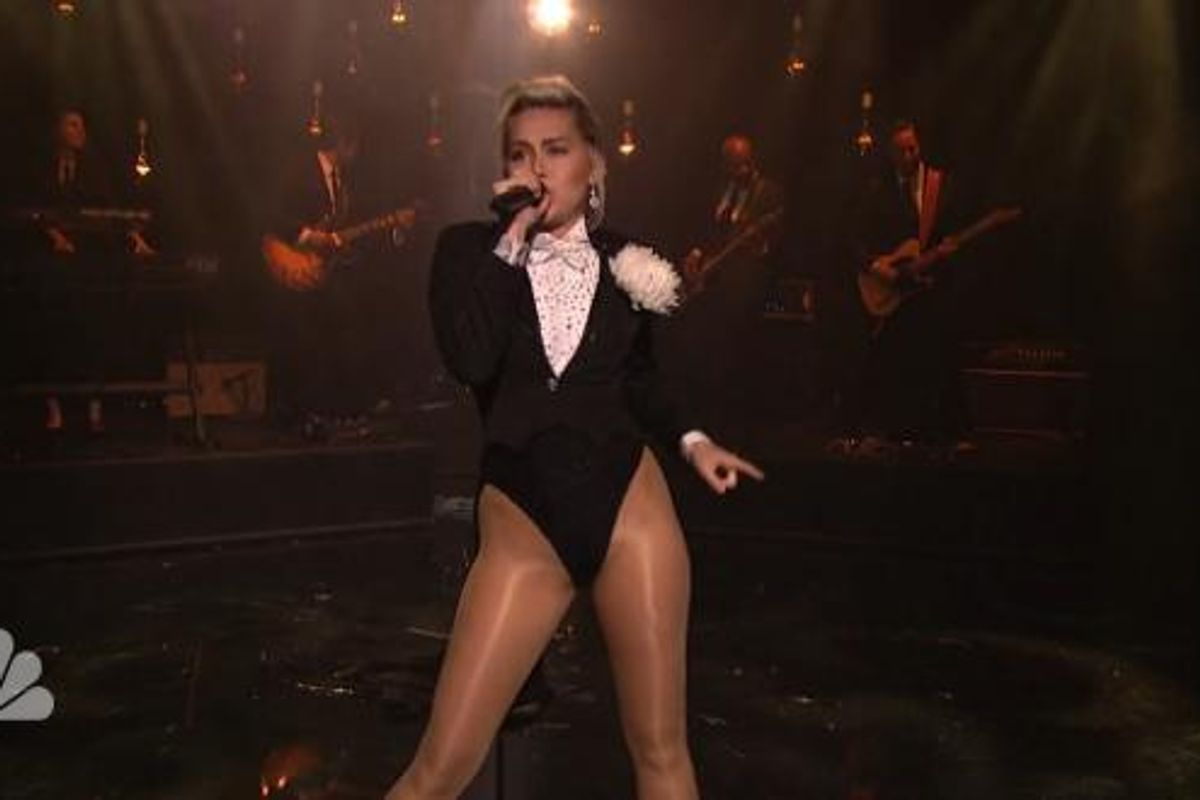 """Watch Miley Cyrus Perform Live In the Inaugural Episode of 'Maya and Marty"""""""