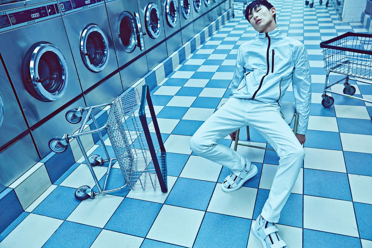 Midnight Laundry With Model Sang Woo Kim