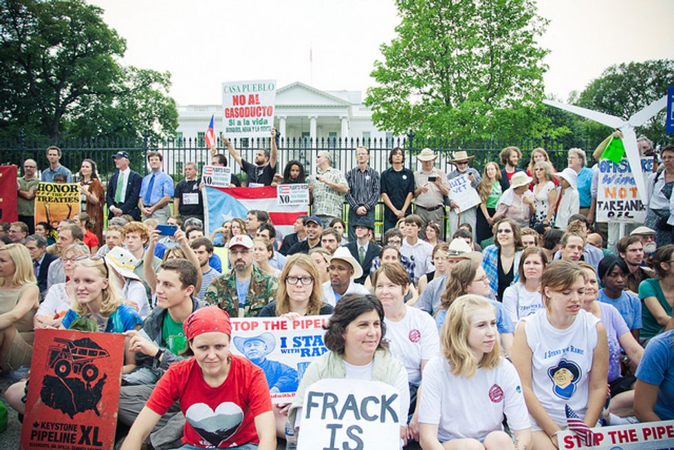10,000 People Will Surround White House on Nov. 6 to Protest Keystone XL Pipeline