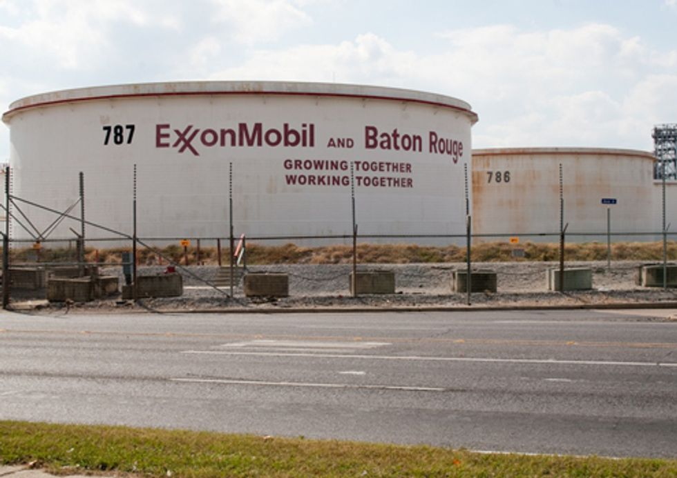 Louisiana Residents Demand Cleaner Air from ExxonMobil