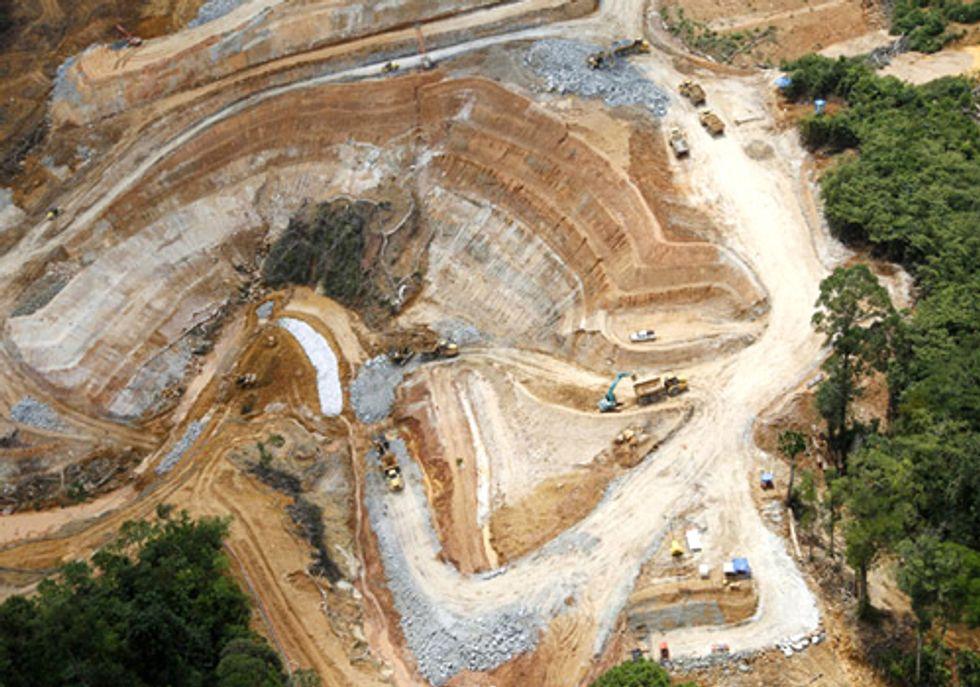 Three Killed in Aussie Mine Protest