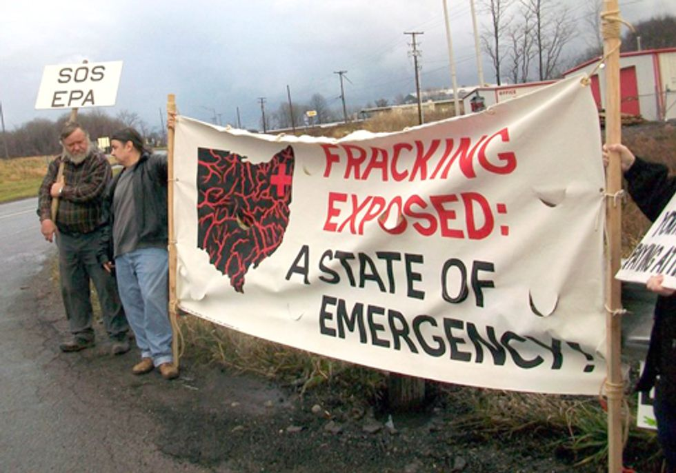 New Years Eve Earthquake Hits Youngstown While Public Pressure Halts Fracking Wastewater Injection Well Site
