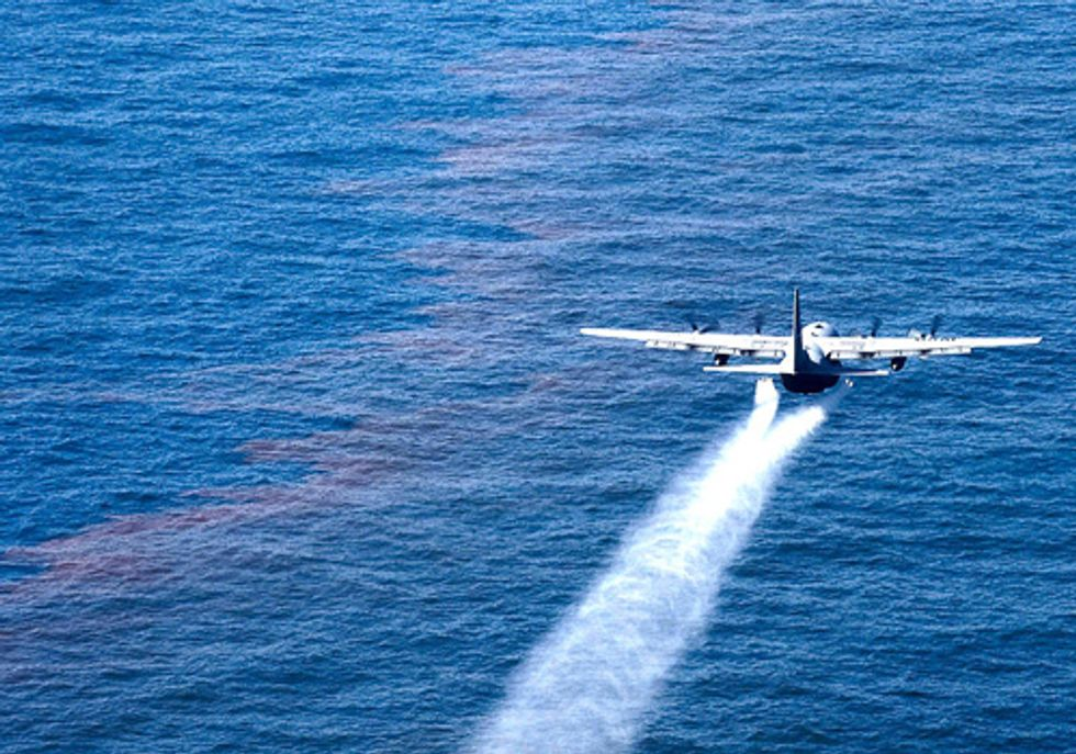 Federal Government Continues to Pretend BP Oil Spill Never Happened