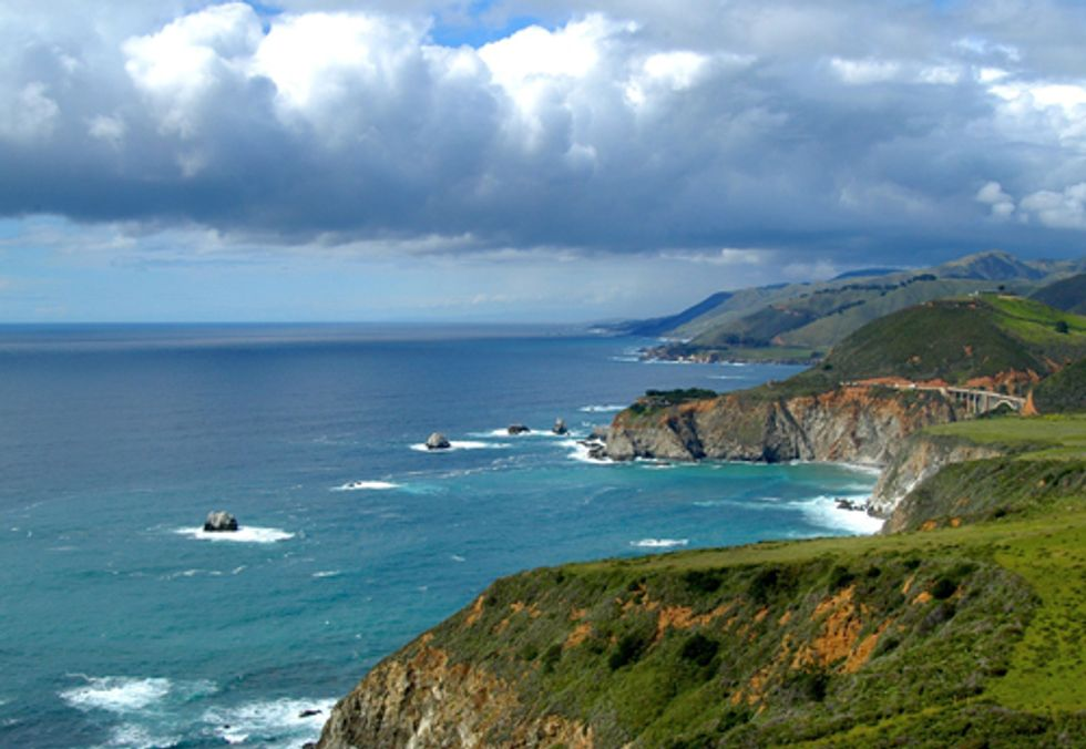ACTION: Support a Strong National Ocean Policy