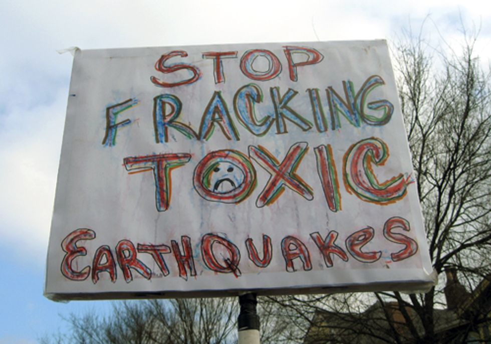 Anti-Fracking Rally Occupies State of the State Address in Steubenville, Ohio