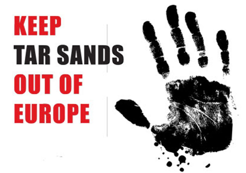 Eight Nobel Laureates Join Forces to Ban Tar Sands Oil in Europe