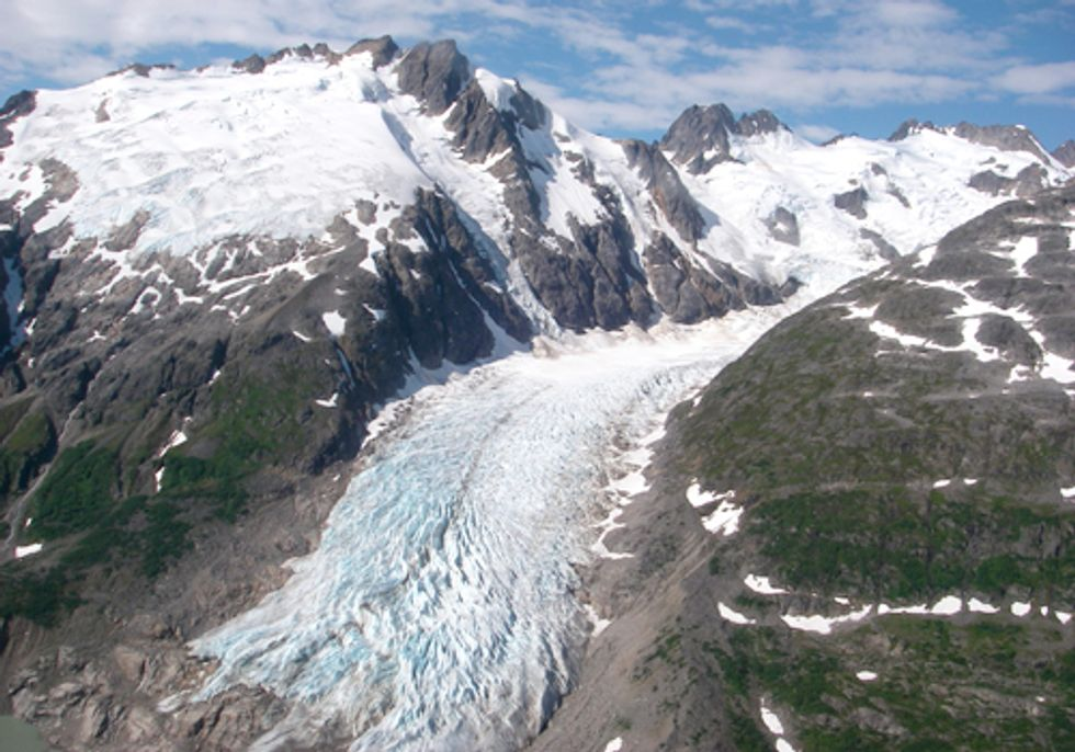 Fossil Fuel Emissions Found on Alaska's Glaciers