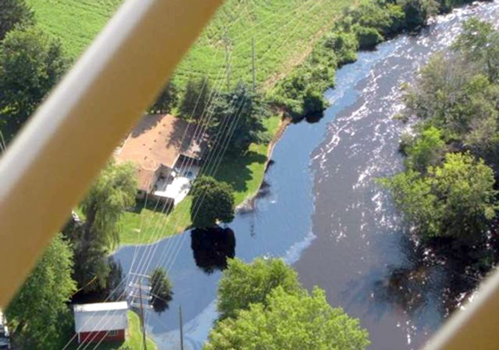 Report Finds Many Communities Still Vulnerable to Oil Spills