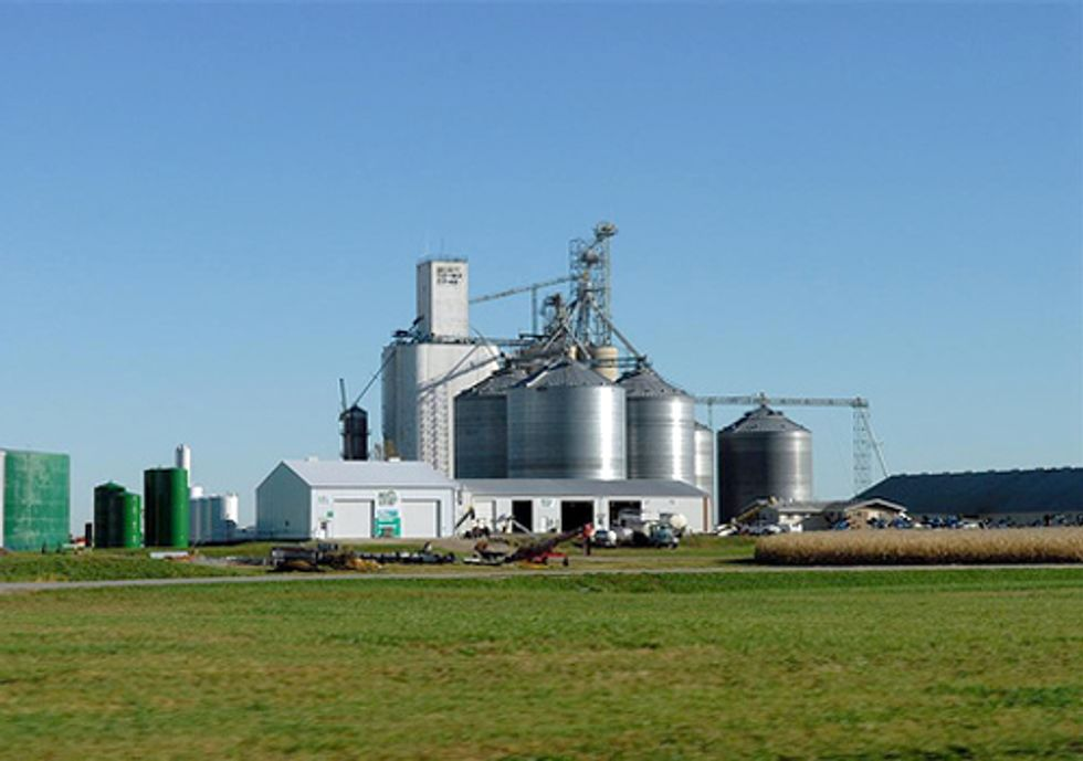 FDA and Ethanol Industry Ignore Regulations and Allow Antibiotics in Ethanol Production