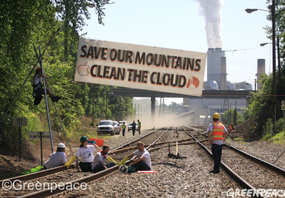 Activists Block Duke Coal Shipment and Link Mountaintop Removal to iCloud