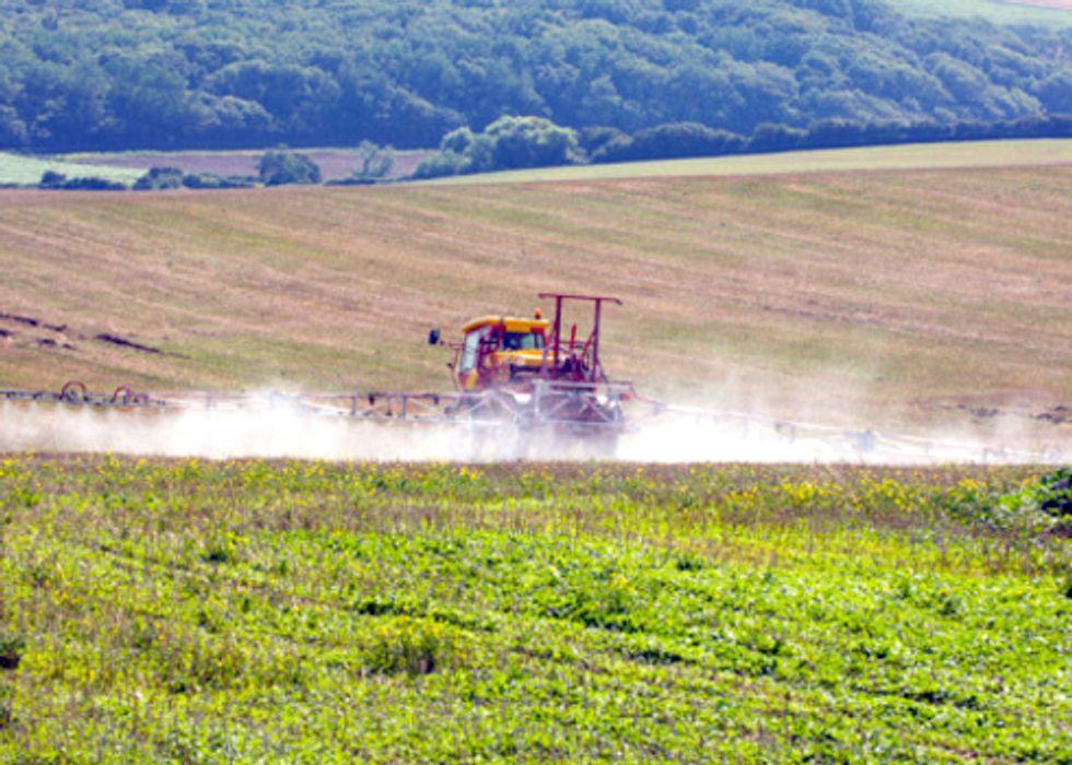 Atrazine Found in Water of Dozens of Midwest Communities