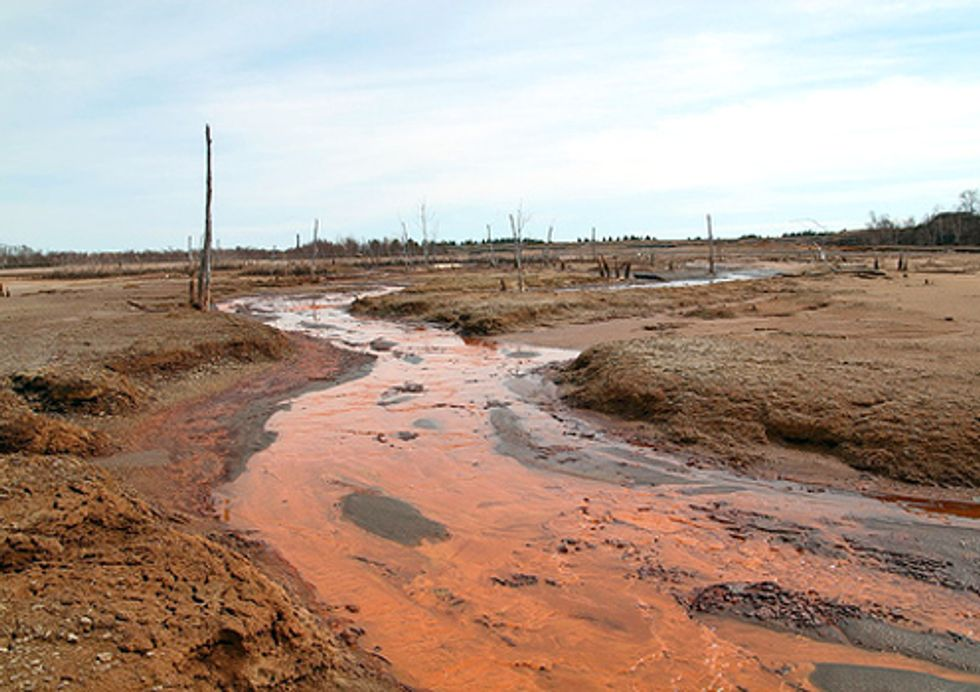 Report Shows that Great Lakes Remain Vulnerable to New Wave of Mining