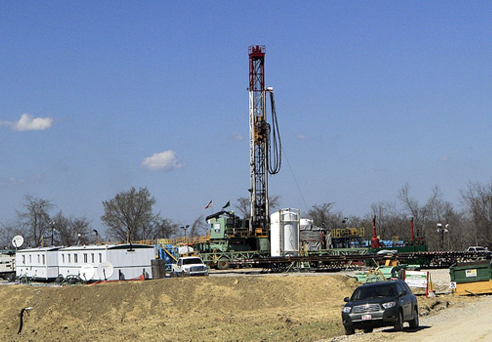 Shale Drilling Operations for Fracking Standards Developed by Industry Groups