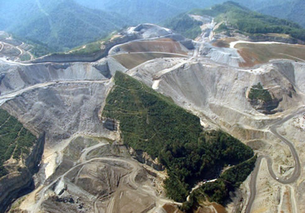 Appalachian Women Lead Memorial Day Protest Against Mountaintop Removal