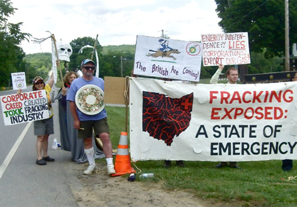 Two Arrested at Private Meeting Between Gas Industry and Politicians in Trumbull County, OH