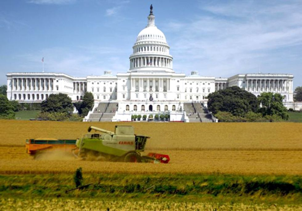 Celebrity Chefs Unite to Express Frustration on 2012 Farm Bill