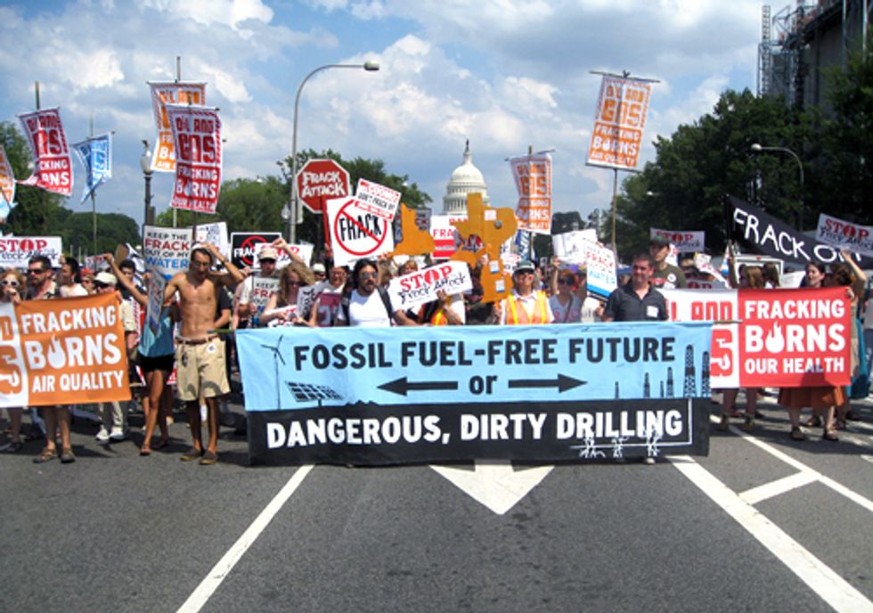 Tell Obama to Enact Immediate Moratorium on Fracking