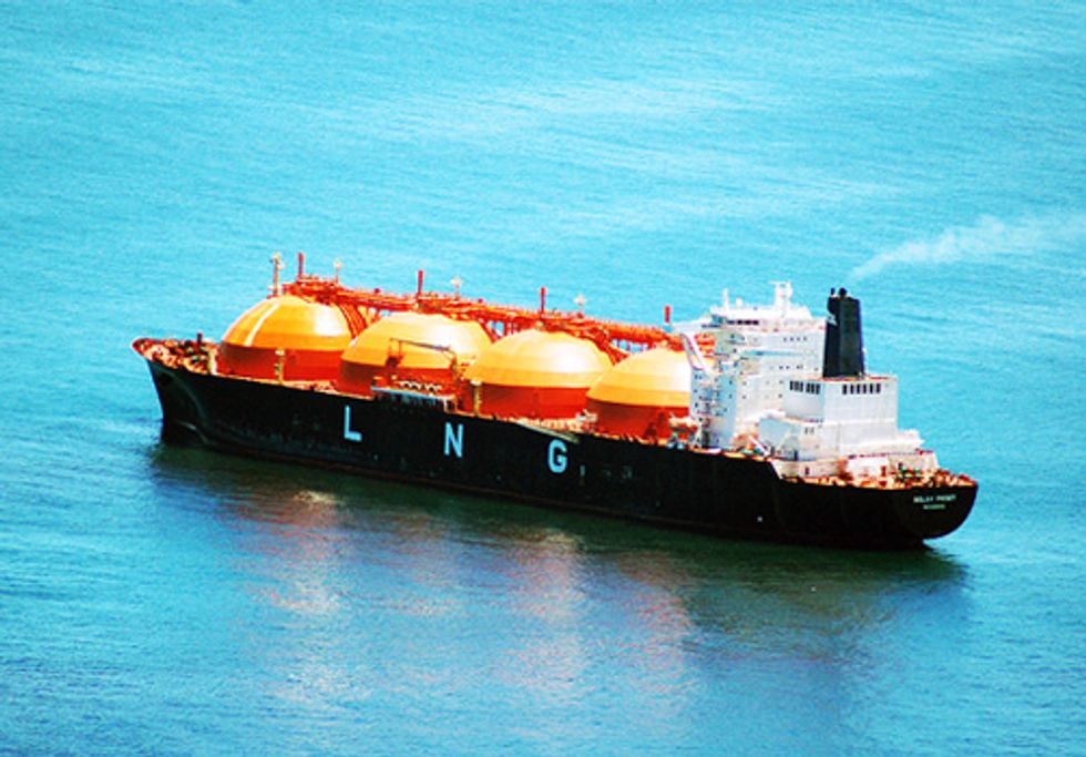 200,000+ Comments Delivered to DOE Criticizing Economic Study on Natural Gas Exports