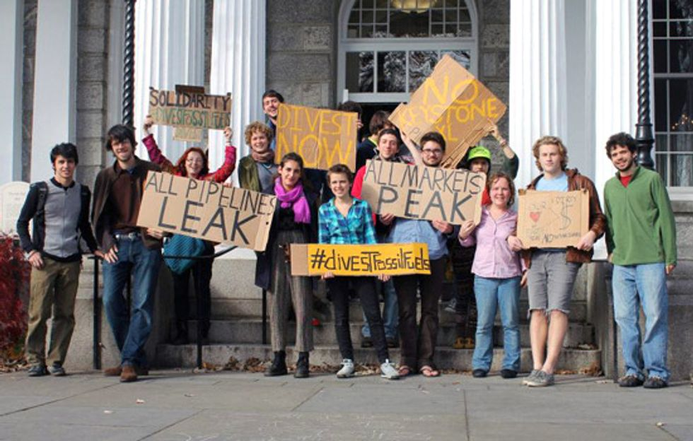 Students to Colleges: Take Our Money Out of Dirty Energy