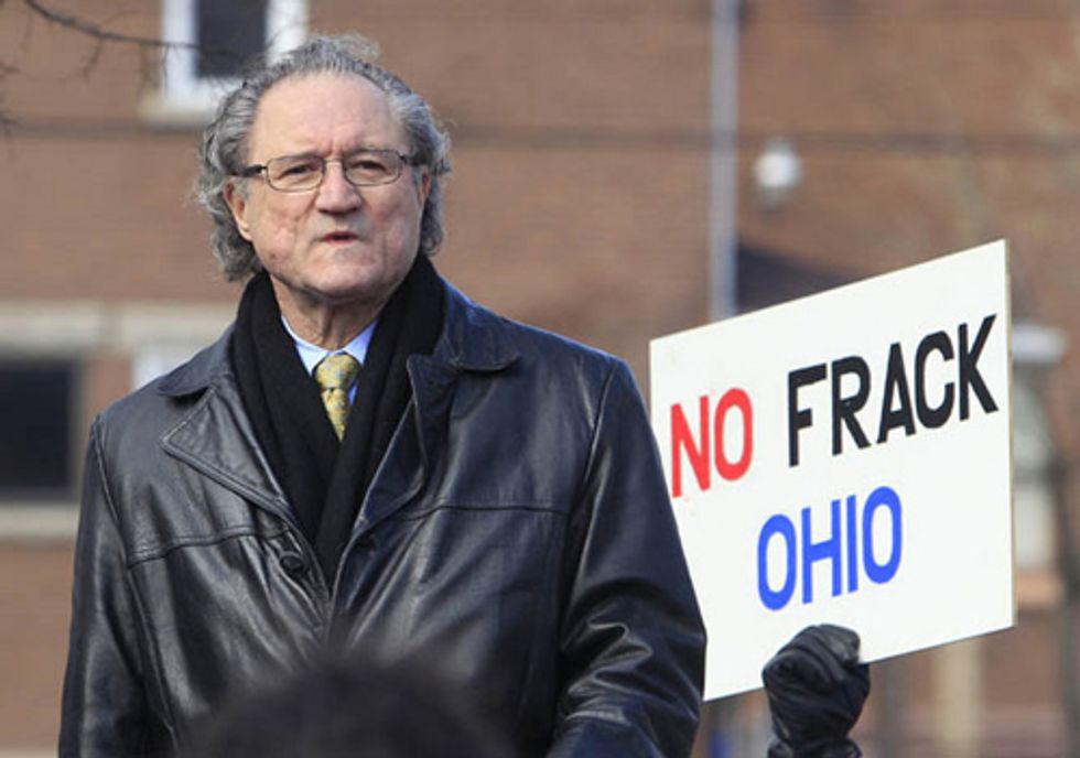Toxic Fracking Wastewater Dumped into Sewer, Why No Arrest?