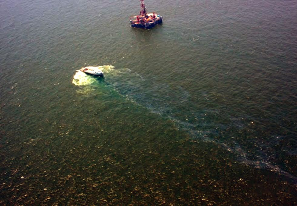 Waterkeeper Alliance Files Lawsuit Against U.S. Coast Guard Over Ongoing Oil Spill