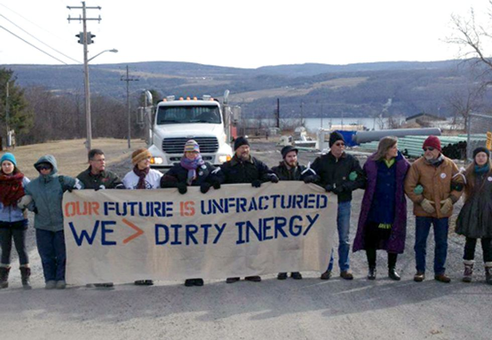 12 Arrested Blockading Controversial Fracking Infrastructure